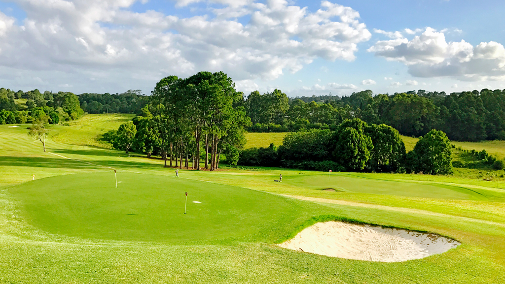 maleny-golf-club_practice-green